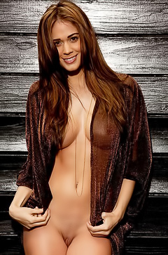 Busty playmate Lauren Elise