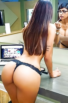 Big booty pictures of Mia Khalifa