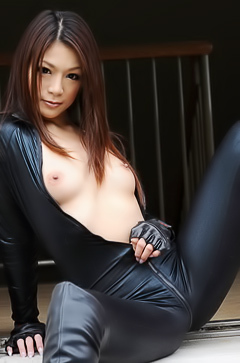 Asian babe in leather suit