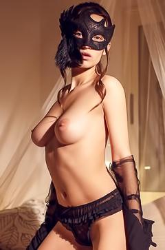Gloria Sol - super hot babe