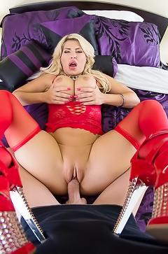 Savana Styles - deep anal fuck