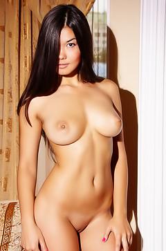 Exotic tanned girl Rita