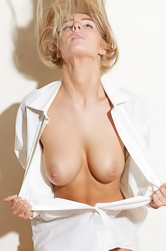 Lissy - super sexy blonde