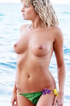 Poly is taking off her bikini