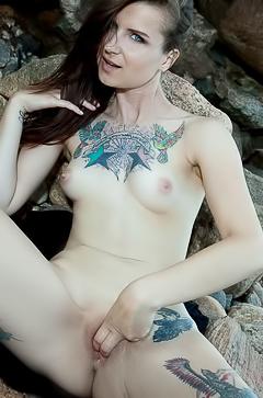 Ida - dirty tattooed brunette