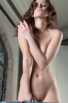 Nikia - naked on the balcony