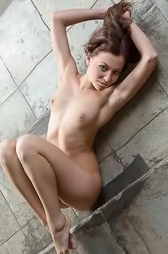 Nikia - horny on the floor