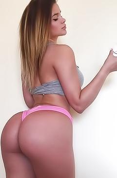 Russian sexy babe Anastasiya Kvitko
