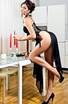 Sexy brunette kitten Daria Petukhova
