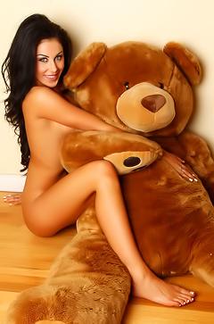 Sexy brunette Danielle loves bears
