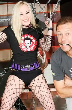 Double penetration for slutty blond Lola Taylor