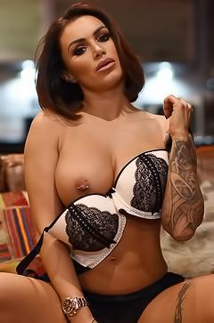 Sporty busty babe Gemma Massey
