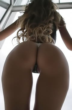 Perfect young booty of Lulya Q