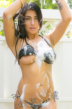 Busty Chloe Parsa is washing her car