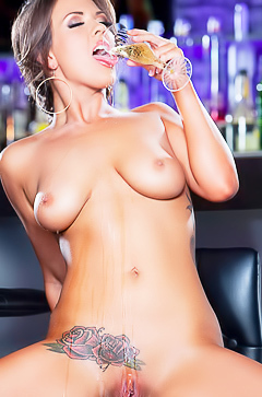 Busty Alice Lighthouse is stripping at bar