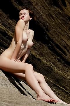 Helena - naked on the beach