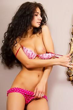 Curly brunette slut Malina A