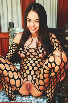 Li Moon in sexy fishnet suit