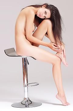 Karmen in nude photoshoot