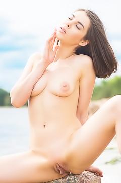 Nude mermaid Dakota A