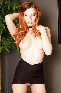 Sexy redhead beauty Caitlin Mcswain