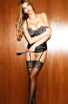 Leggy babe Ashley Salazar