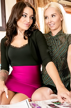 Sex with glamour lesbians at home