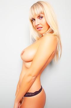 Marketa Pechova is posing topless