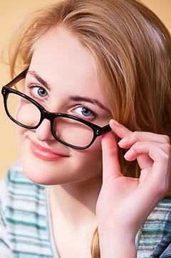 Cute amteur girl in sexy glasses