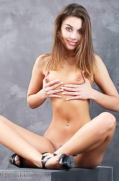 Sabrisse in erotic photoshoot