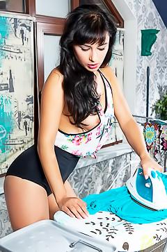 Stunning housewife Yarina A