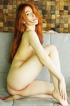 Perfect redhead Jia