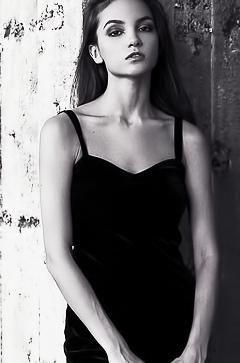 Sexy babe Maria Demina