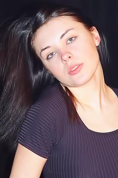 Anna Black Lingerie Busty