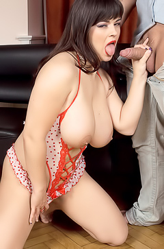 Big Breasted Hottie Kristy Klenot Takes It Hard