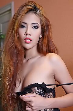 Sensual Asian Model Arya